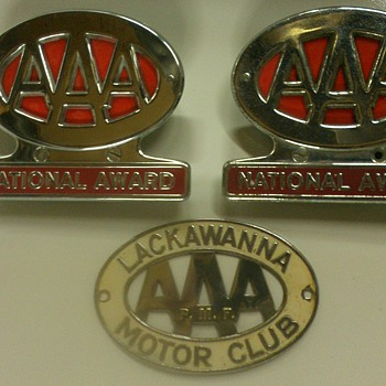 Vintage AAA emblems  - Classic Cars