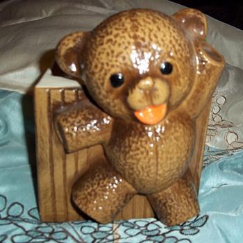 Haeger teddy bear - Pottery