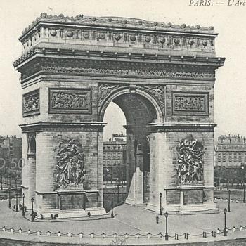PARIS – L'ARC DE TRIOMPHE.  - Postcards