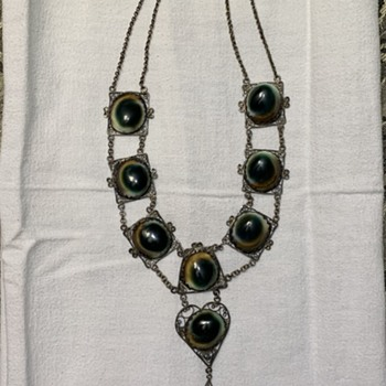 """Cat Eye"" Necklace and Bracelet - Costume Jewelry"