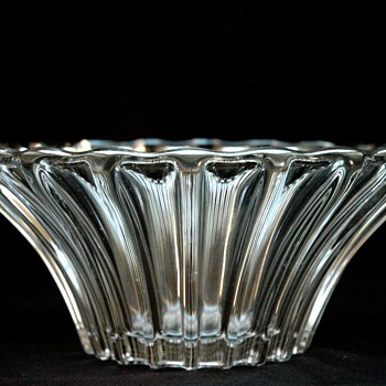 large bowl by pierre d'avesn - Art Deco