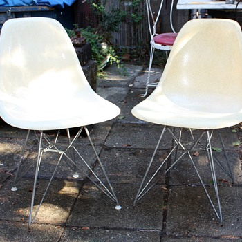 Herman Miller Eiffel Tower Chairs and a Steelcase Chair - Mid-Century Modern