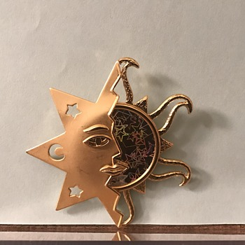 Holographic Sun and Moon Brooch - Costume Jewelry