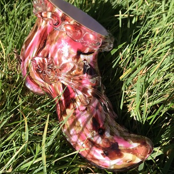 Welz spatter glass boot with applied acanthus leaf - Art Glass