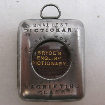 World's smallest dictionary - Books