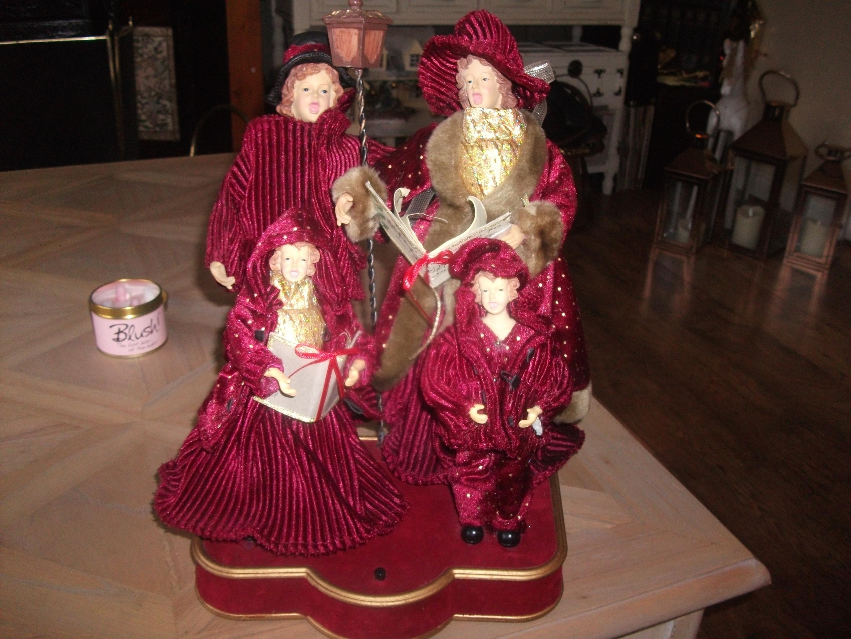Christmas Carol Singers Figurines.Vintage Christmas Carol Singers Collectors Weekly