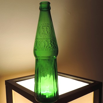 1957 Bobs Premium Quality King Sized Beverages Soda Bottle Embossed Liberty Glass Green Art Deco - Bottles