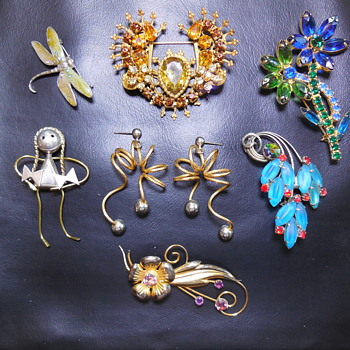Maybe One More Closer Look For AnythingObscure, And Maybe You! :^) - Costume Jewelry