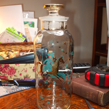 TCW Co usa 1~Old vodka decanter~Help identify~ - Bottles