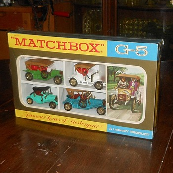 Matchbox Monday Magnificent Models Famous Cars of Yesteryear Gift Set G-5  - Model Cars