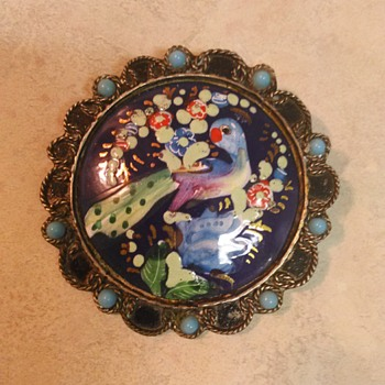ENAMEL BIRD BROOCH - Costume Jewelry