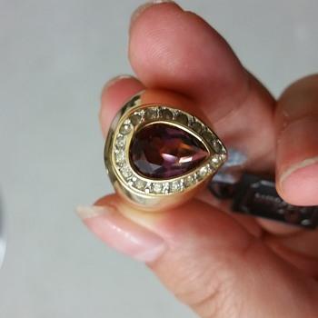 Spcan jewllery? - Costume Jewelry
