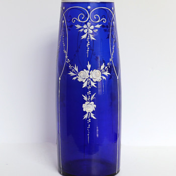 Loetz Dunkelblau Vase with White Enameling - Art Glass