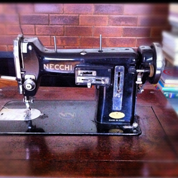 The classy Necchi BU sewing machine - Sewing