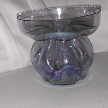 unique amethyst/alexandrite glass - Art Glass