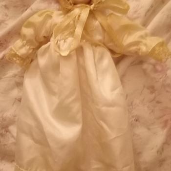 Antique porcelain doll? - Dolls