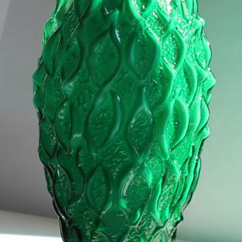 Green Art Deco vase Bohemian ? - Art Glass