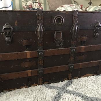 Antique Trunk - Never restored - Furniture