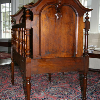 Beautiful Crib - Furniture