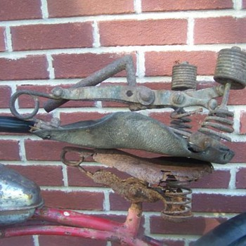 Early motorcycle seat. - Motorcycles
