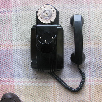 Automatic Electric Cathedral Bakelite Wall Phone - Telephones