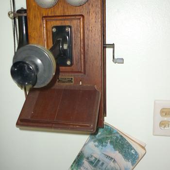 1979 island phone book - Books