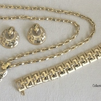 Vintage Designer Pendants — Monet, Butler …. - Costume Jewelry