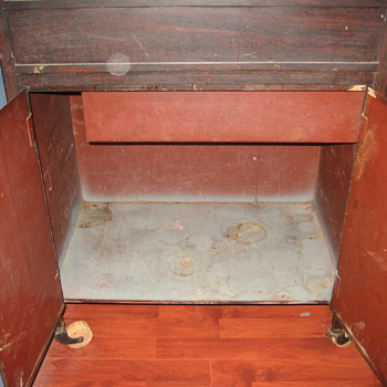 Glass Top Metal Rolling Cabinet - Medical? Seismograph? Anybody?