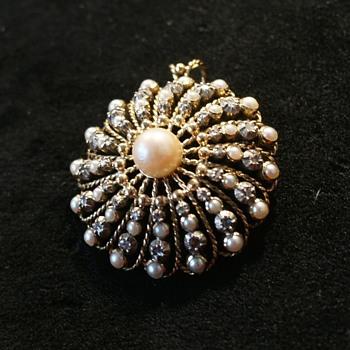 Rare Jewel Gold Pearls Diamonds pendant Brooch - Fine Jewelry