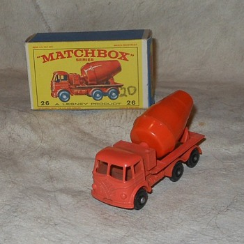 Mighty Mixer Matchbox Monday MB 26B Cement Lorry - Model Cars