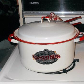 Federal Vogue Enamelware Stock Pot - Kitchen