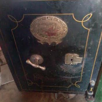 antique j grove & sons safe
