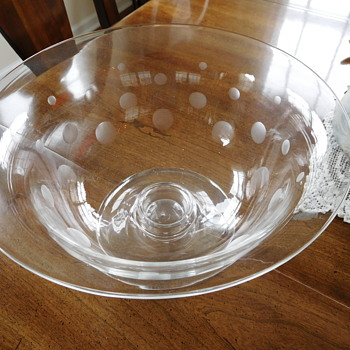 Steuben Clear Bowl with etched circles - Glassware