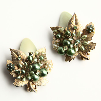 Great Miriam Haskell Earrings - Costume Jewelry