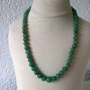 Green Onyx Strung Necklace w/ Sterling Clasp Antique Market Find $3.00