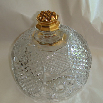 Glass lid with gold - Glassware