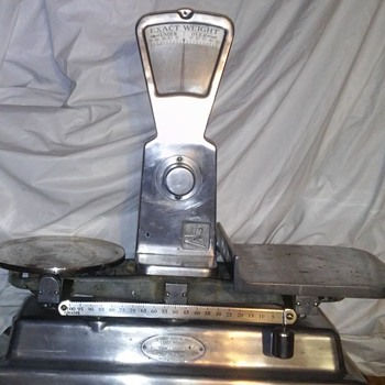 Old grocery scales. - Tools and Hardware