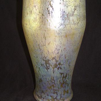 Identifying Loetz! - Art Glass