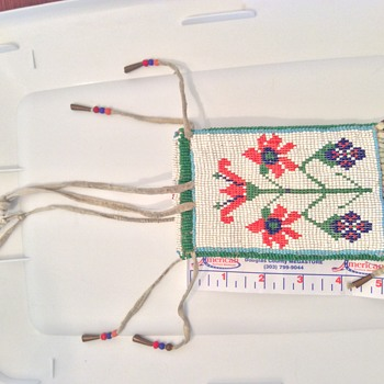 Native American Beaded Deer Skin Vintage Pouch