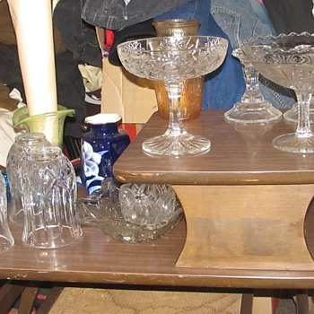 More crystal and glass from lady - Glassware