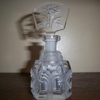 Intaglio Czech perfume bottle