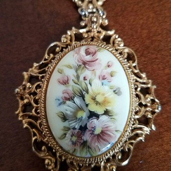 Large Floral Pendant Necklace with flowers - signed Florenza