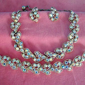 Any thoughts on maker?   Lovely AB Set from a recent auction. - Costume Jewelry