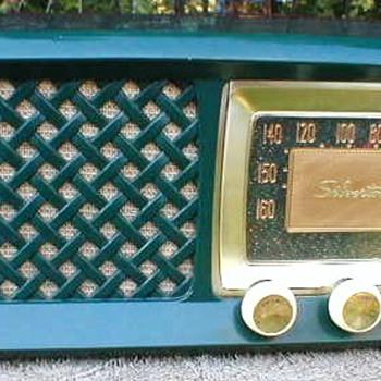 1956 Silvertone Model 2014 Radio