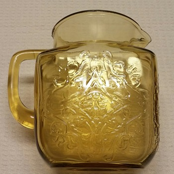 Federal's 'Madrid' ? Brown Glass Pitcher - Glassware
