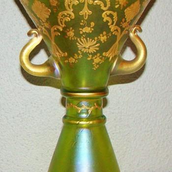 Loetz DEK I/439 Vase ( 1888-1912). Shape 323. - Art Glass
