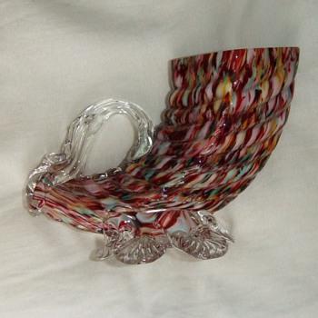 Welz honeycomb Cornucopia Bud Vase - Art Glass
