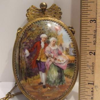 Is it a purse? - Victorian Era