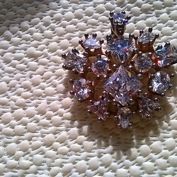 Sterling Silver & Austrian Crystal Pendant Flea Market Find $5.00 - Costume Jewelry