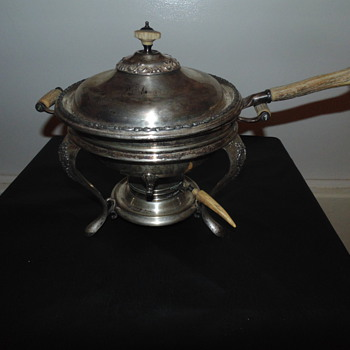 How rare is this chaffing dish with antler handles????  - Kitchen